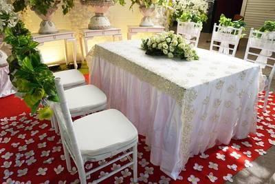cantik dekorasi akad nikah di rumah tanpa kursi - beauty